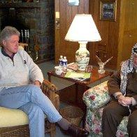 Clinton meets Arafat at Camp David.jpg